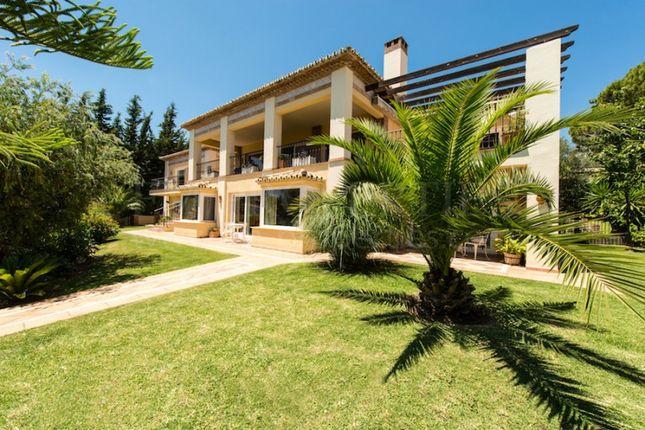 5 bed villa for sale in Las Brisas, Nueva Andalucia, Malaga, Spain