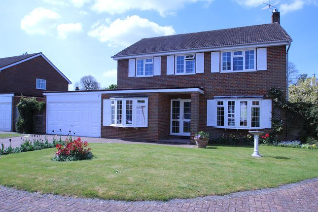 Thumbnail Detached house for sale in Grange Gardens, Wendover, Aylesbury