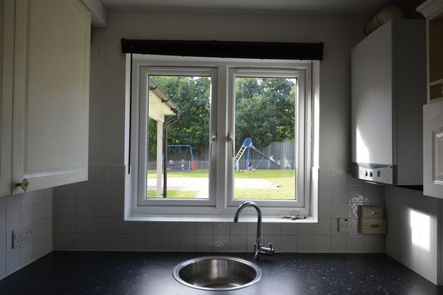 Thumbnail Flat to rent in Scarlet Oaks, Camberley