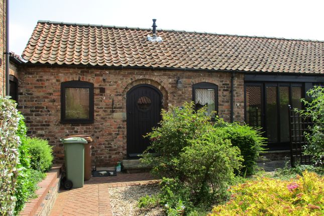 Thumbnail Cottage to rent in Whitehall Cottages, Humberston