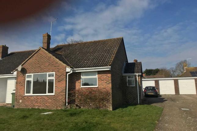 Thumbnail Bungalow to rent in Oakmede Way, Ringmer