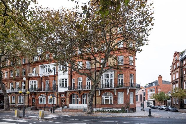 2 Bed Flat For Sale In Chelsea Embankment London Sw3 Zoopla
