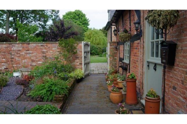 Thumbnail Cottage for sale in Park Lane, Bonehill, Tamworth
