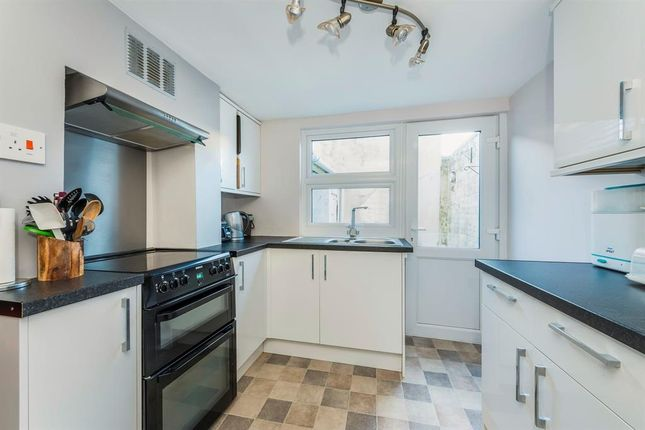 Thumbnail End terrace house to rent in Princes Street, Dorchester