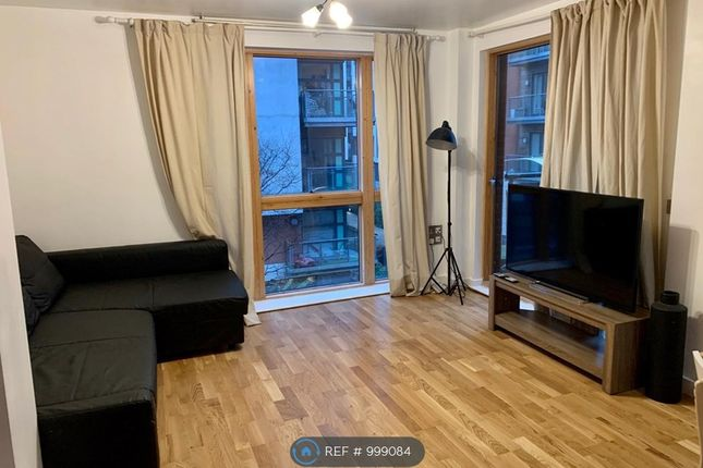 2 bed flat to rent in Melia House, Manchester M4