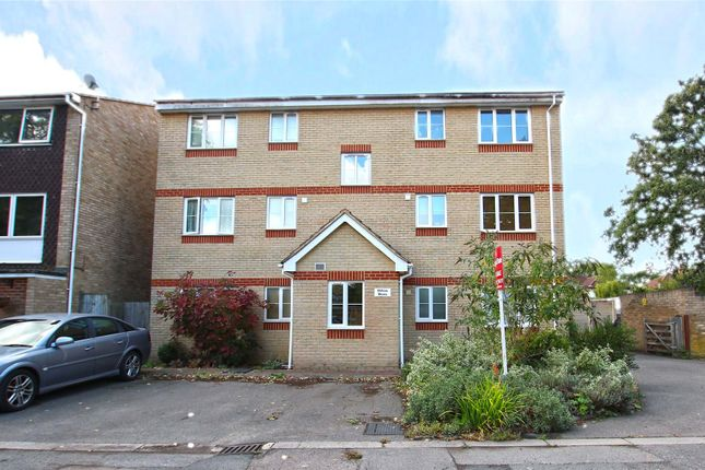 Thumbnail Flat for sale in Pinewood Park, New Haw, Surrey