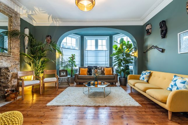 Thumbnail Detached house to rent in Kingsmead Road, London
