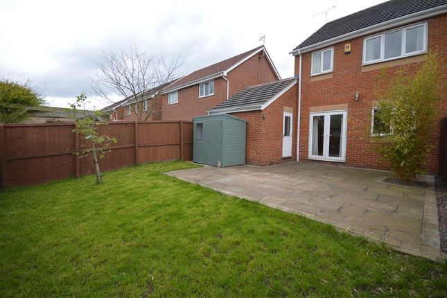 Thumbnail Town house for sale in Rempstone Drive, Hasland, Chesterfield