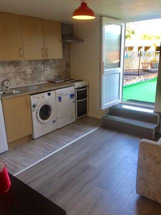 Thumbnail Flat to rent in Oak Tree Lane, Birmingham