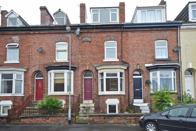 5 bed terraced house for sale in Burkill Street, Sandal, Wakefield