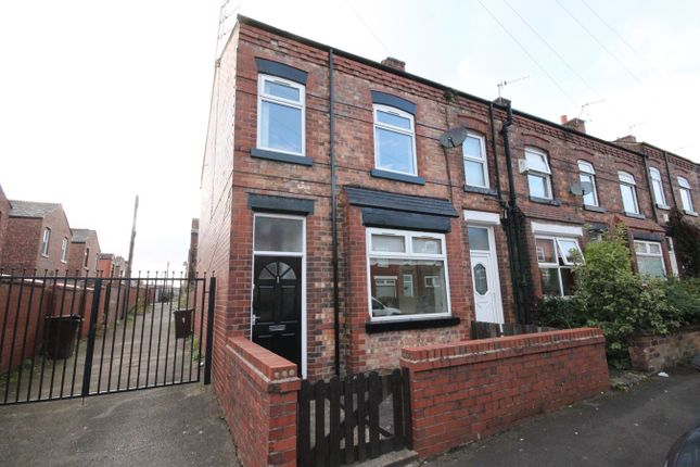 3 bed end terrace house to rent in Victoria Avenue, Wigan WN6