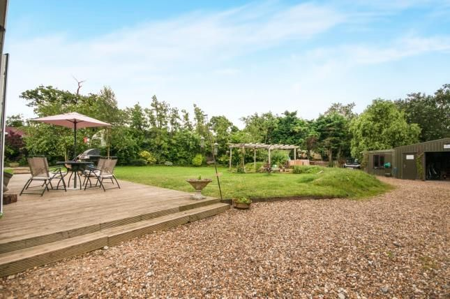 Thumbnail Bungalow for sale in Willows Green, Chelmsford