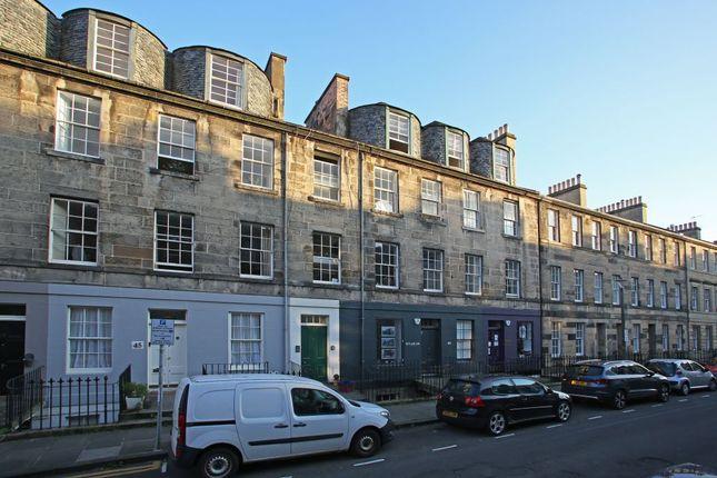 Thumbnail Flat for sale in 47 (3F1) Cumberland Street, New Town, Edinburgh