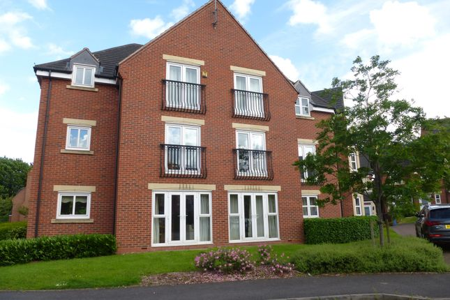 Thumbnail Flat to rent in Middlewood Close, Solihull