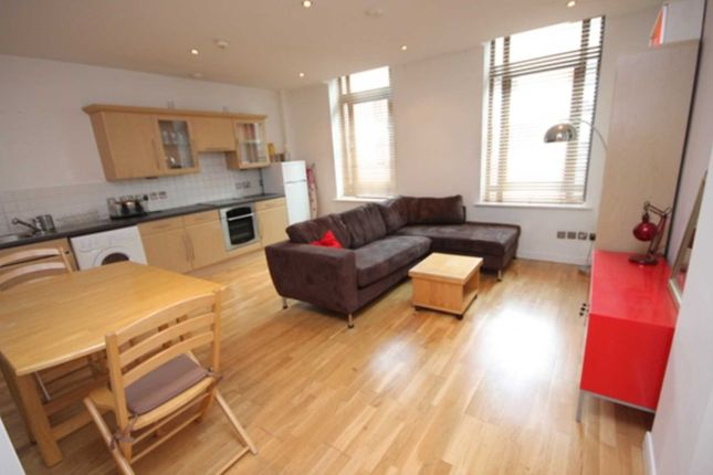 1 bed flat to rent in Oldham Street, Manchester M4