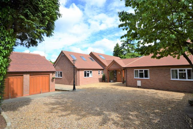 Thumbnail Semi-detached house for sale in The Warren, Chesham