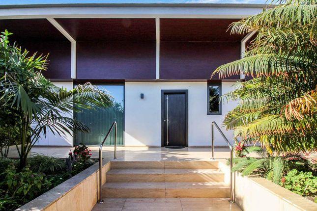 Thumbnail Villa for sale in Playa Del Inglés, San Bartolome De Tirajana, Spain