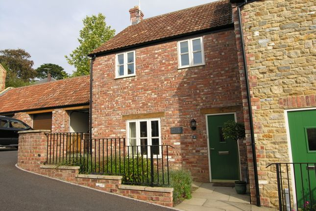 End terrace house to rent in Greens Place, Wincanton