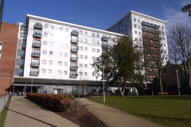 Thumbnail Flat to rent in Becket House New Road, Brentwood