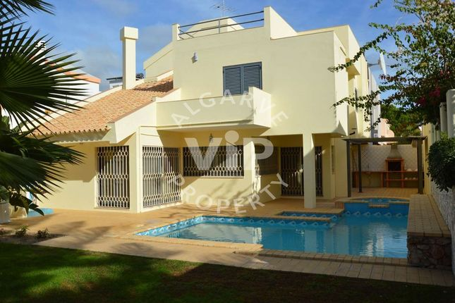 Town house for sale in Vilamoura, 8125, Portugal