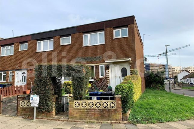 3 bed end terrace house for sale in Bittacy Road, Mill Hill, London NW7