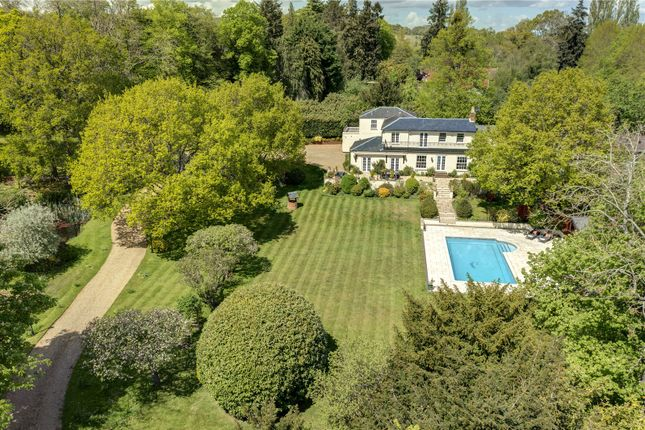 Thumbnail Detached house for sale in Canhurst Lane, Knowl Hill, Berkshire