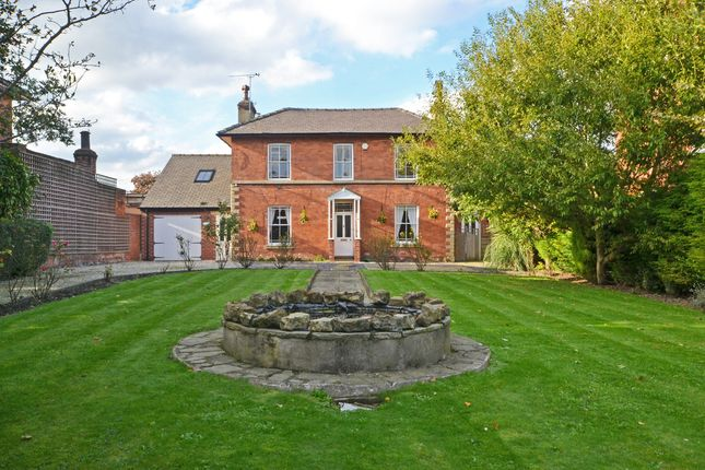 Thumbnail Detached house for sale in The Mount, Pontefract
