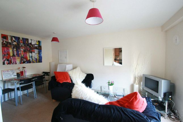 Flat To Rent In Rialto Building Melbourne Street Newcastle Upon Tyne