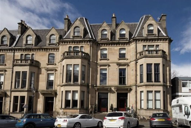 3 bedroom flat to rent in Kingsborough Gardens, Glasgow, 9Qb
