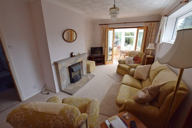 Living Room Bungalow In East Wittering