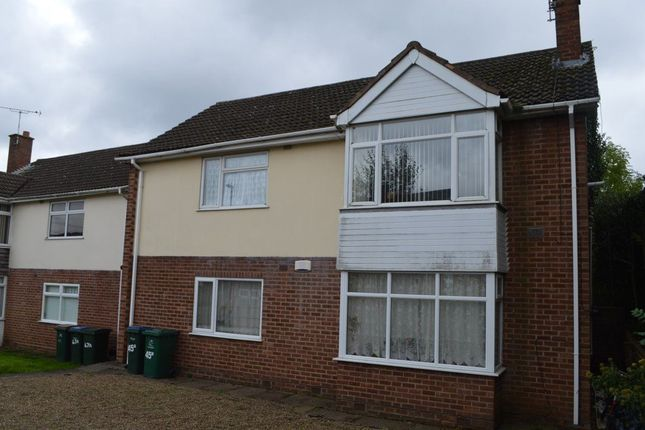 2 bed maisonette to rent in Handsworth Crescent, Eastern Green, Coventry