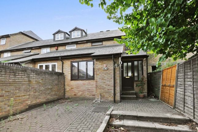 Thumbnail Terraced house to rent in Gunwhale Close, London