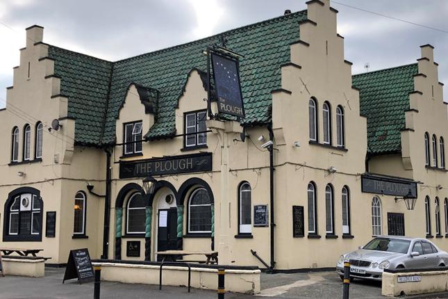Thumbnail Pub/bar to let in Gander Green Lane, Sutton, Surrey