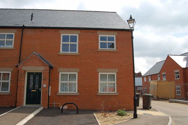 2 bed flat to rent in Playhouse Yard, Sleaford, Lincolnshire NG34