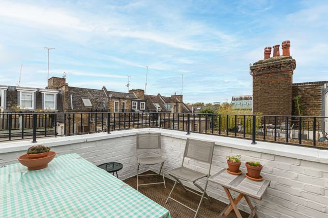 2 bed flat for sale in Uverdale Road, Lots Village, Chelsea SW10