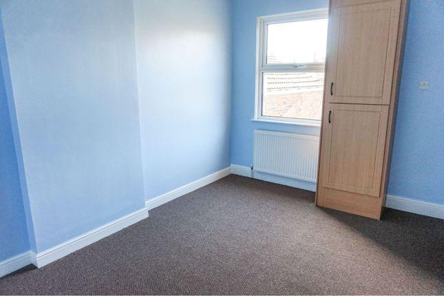 Bedroom of 94 Cartergate, Grimsby DN31