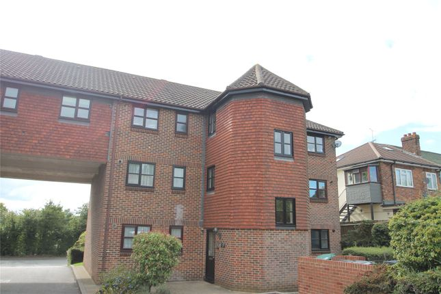 Thumbnail Flat to rent in Maple Leaf Close, Biggin Hill, Westerham