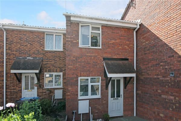 Thumbnail Terraced house to rent in Overcombe Close, Poole