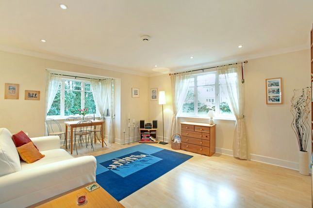 Thumbnail Flat to rent in Hobbs End, Henley-On-Thames