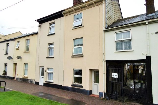 Thumbnail Terraced house to rent in East Street, Crediton, Devon