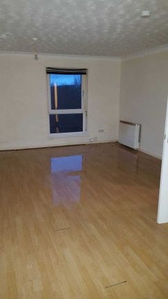 Thumbnail Flat to rent in Rowan Road, Cumbernauld, Glasgow