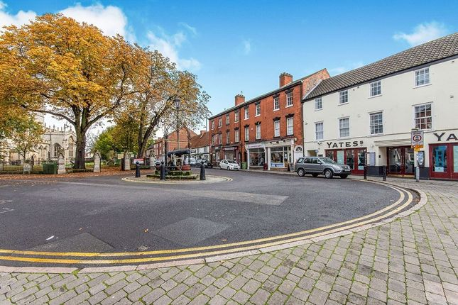2 bed flat to rent in Chapelgate, Retford DN22