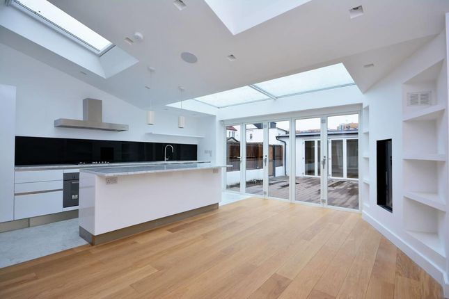Thumbnail Property to rent in Southfield Road, Chiswick, London