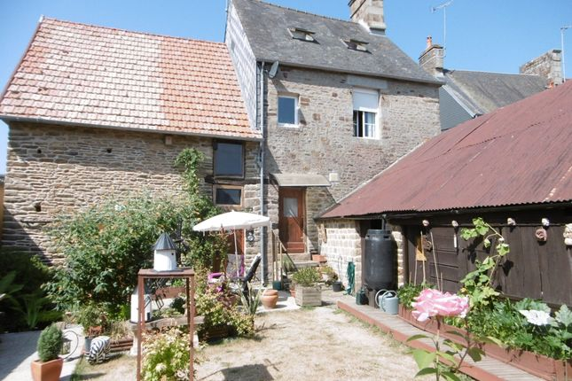 Property for sale in Les Loges-Marchis, Basse-Normandie, 50600, France