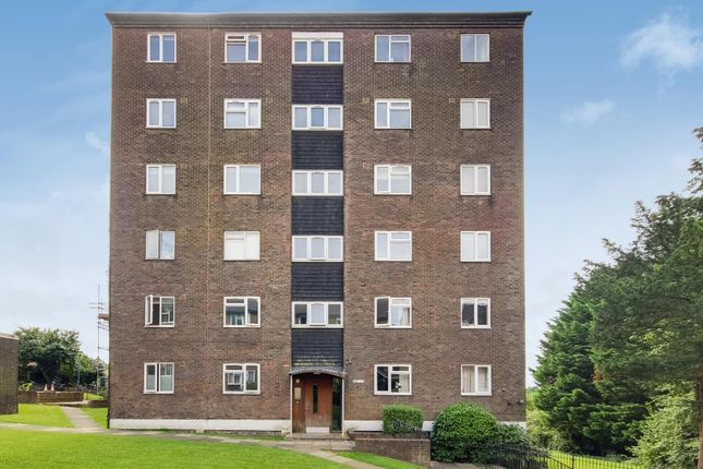 Thumbnail Flat to rent in Mansfield Heights, Great North Road, London