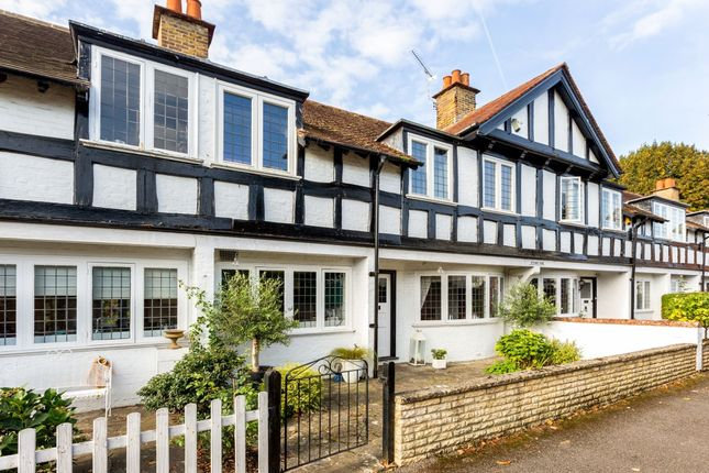 Thumbnail Terraced house to rent in Bettoney Vere, Bray, Maidenhead