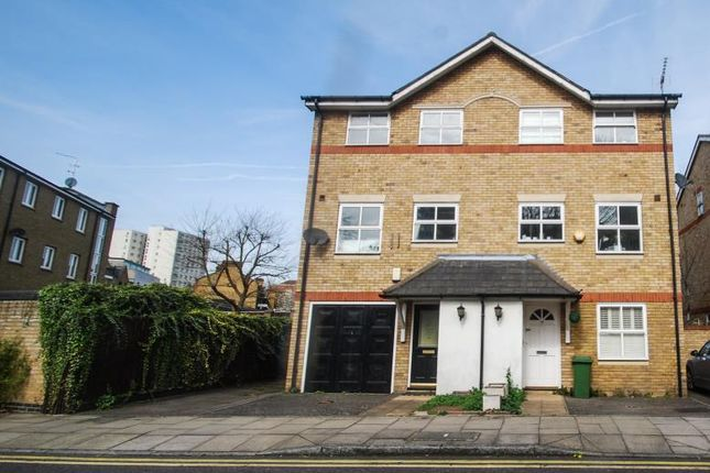 Thumbnail Property for sale in Milligan Street, Limehouse