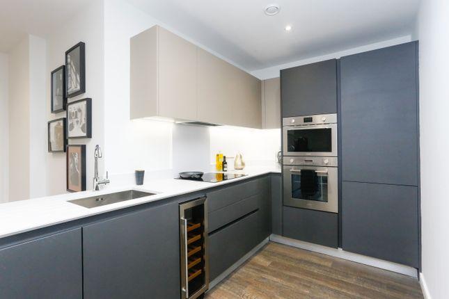 3 bed flat for sale in Bunton Street, Woolwich SE18