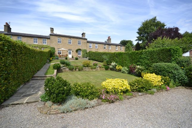 Thumbnail Town house for sale in Lake Yard, Stanley, Wakefield