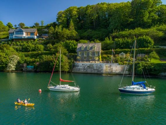 Thumbnail Country house for sale in Church Road, Mylor